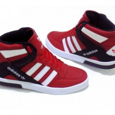 Ghete Adidas Barbati Trend Rosu.Model toamna-iarna - Ghete barbati Adidas, Marime: 40, 41, 42, 43, 44, Culoare: Din imagine