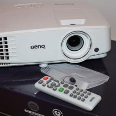 Videoproiector Benq TW526, WXGA, 3200 lumeni, Alb - ca NOU