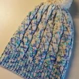 Caciula handmade, 100% lana merino cu mot din lana