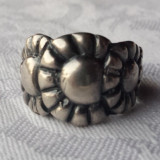 Inel argint Margarete inlantuite Splendid vechi executat manual Superb de Efect