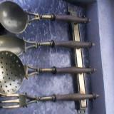 Suport decorativ cu tacamuri bronz alama - Metal/Fonta
