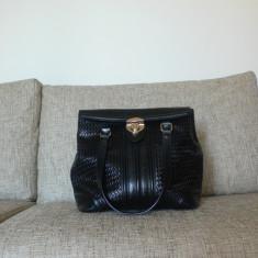 Geanta eleganta de mana brand musette din piele neagra - Geanta Dama, Culoare: Nero, Marime: Medie