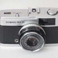 Olympus Trip 35 - Transport gratuit prin posta! - Aparat Foto cu Film Olympus