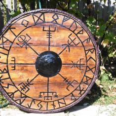 Scut de lupta viking sau pentru ornamentare
