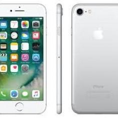 Iphone 7 32gb silver, black nou sigilat la cutie, garantie 12luni!PRET:3400lei - Telefon iPhone Apple, Argintiu