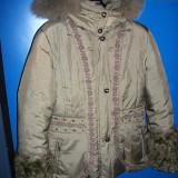 Jacheta ruseasca umpluta cu puf, cu blana naturala la maneci si gluga, mar. S - Geaca dama, Marime: S/M, Culoare: Khaki