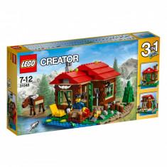 LEGO Creator Casuta de pe malul lacului