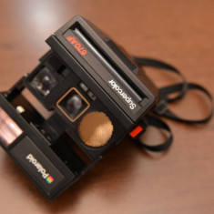 Vand aparat foto instant POlaroid SuperColor 670AF si rezerva filme - Aparat Foto cu Film Polaroid